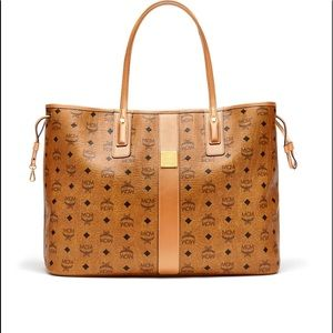LARGE  AUTHENTIC MCM Tote 👜 Bag